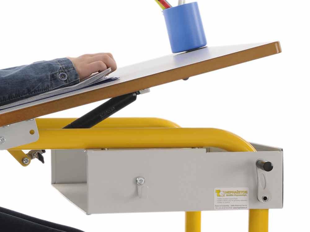 Hephaïstos mobilier ergonomique bureau herlift plan inclinable